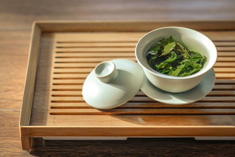 green tea and black tea: reduce cholesterol levels