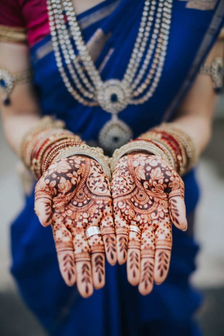 Photo by Eirik Tan Photography, Henna by Khairhenna