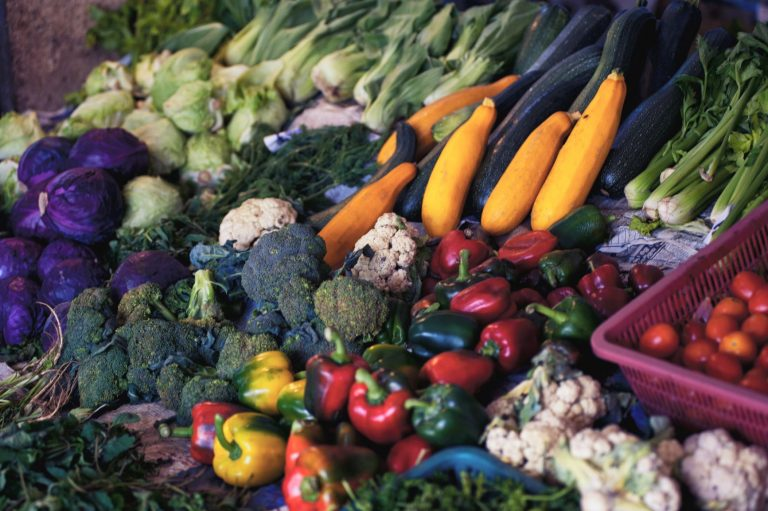 fruits, vegetables, and wholegrains help keep you full
